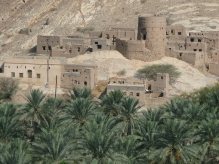 The deserted old town of Birkat Al Mauz