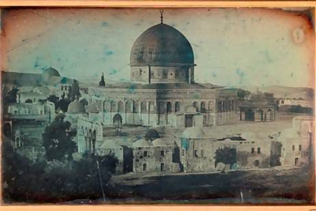 Joseph-Philibert Girault de Prangey, Dome of the Rock mosque, Jerusalem, 1844, Daguerreotype (half plaque) © Louvre Abu Dhabi Agence photo F